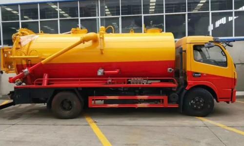 清洗吸污车如何给高压泵排空气