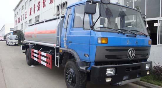 东风145油罐车(12-16立方)