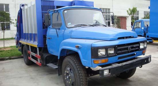 东风140压缩式垃圾车(8立方)